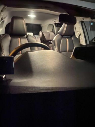 新型RAV4のルームランプをLED化!シェアスタイルLEDルームランプセットは、見た目もおしゃれで、素人でも簡単にDIY出来ます!